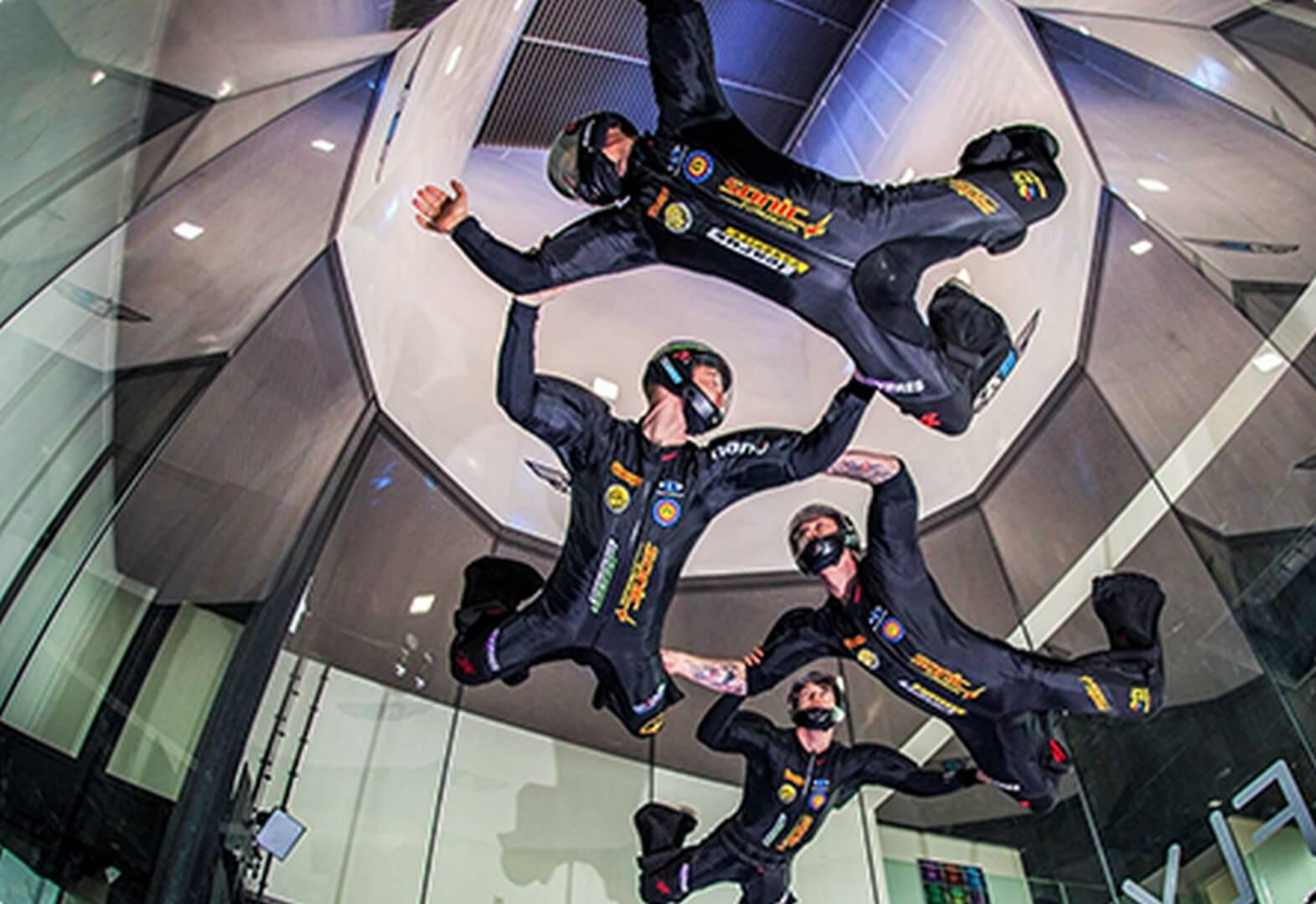 polet v aerotrube v moskve indoor skydiving disciplina fs 4 way 1